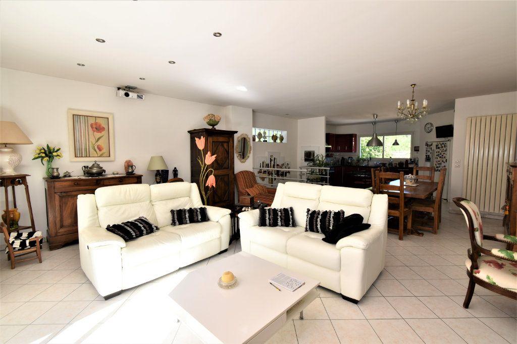 Maison à vendre 5 130m2 à Périgueux vignette-5