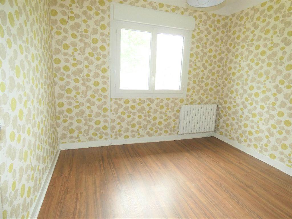 Maison à vendre 5 81m2 à Saint-Astier vignette-2