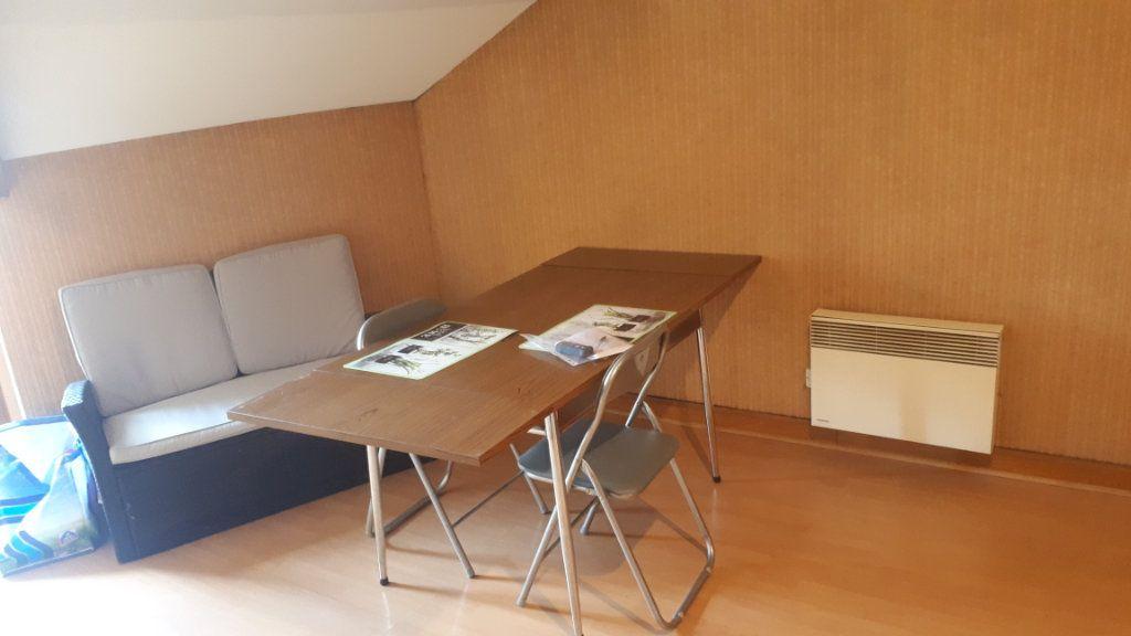 Appartement à vendre 2 31m2 à Périgueux vignette-2