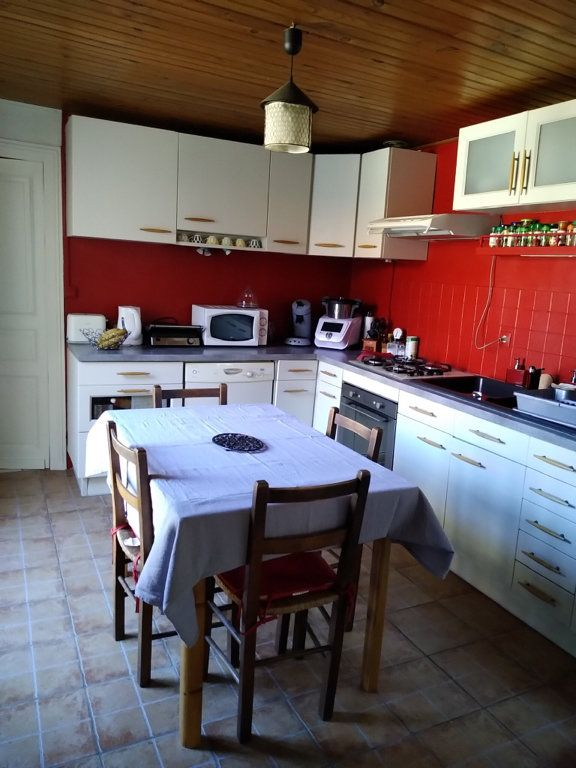 Maison à vendre 5 150m2 à Saint-Laurent-sur-Manoire vignette-6