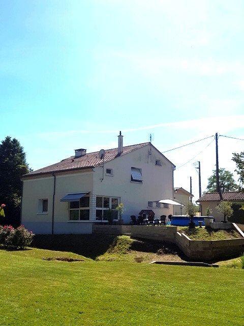 Maison à vendre 6 210m2 à Saint-Astier vignette-1