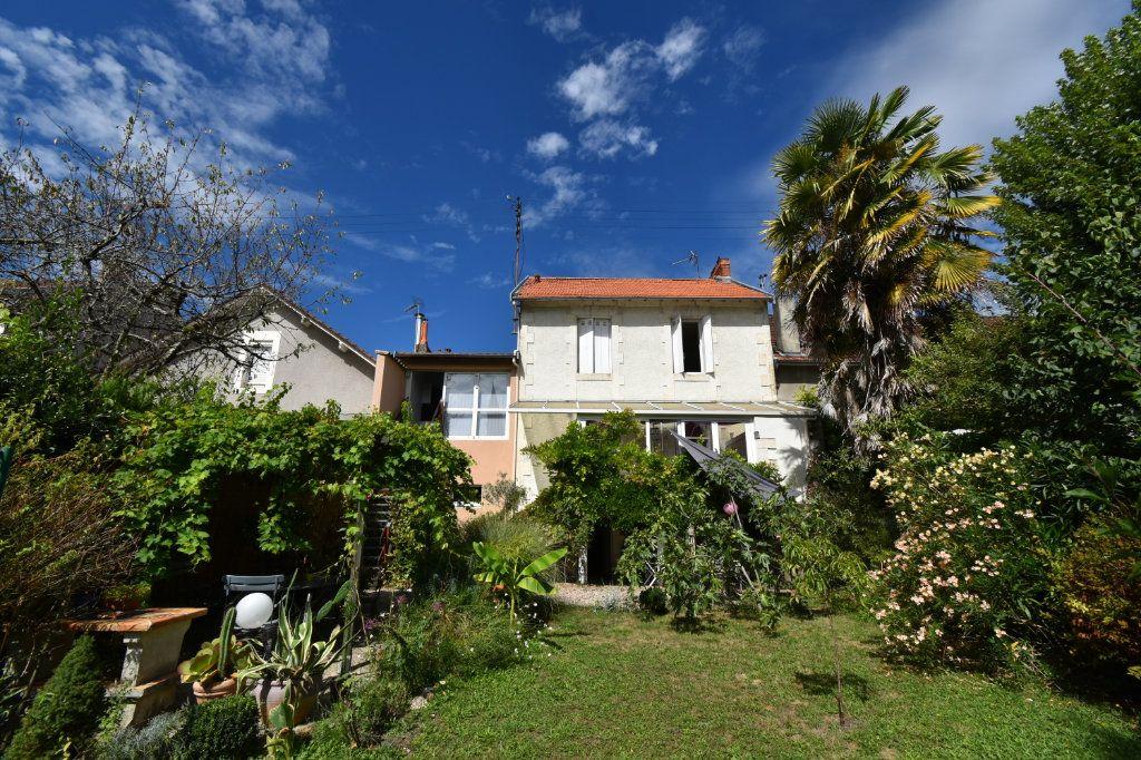 Maison à vendre 6 140m2 à Périgueux vignette-1