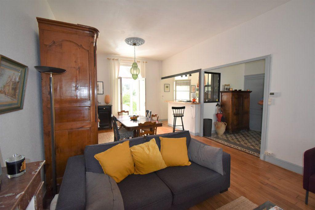 Maison à vendre 6 140m2 à Périgueux vignette-2