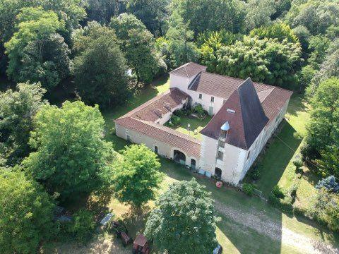 Maison à vendre 20 605m2 à Saint-Astier vignette-2