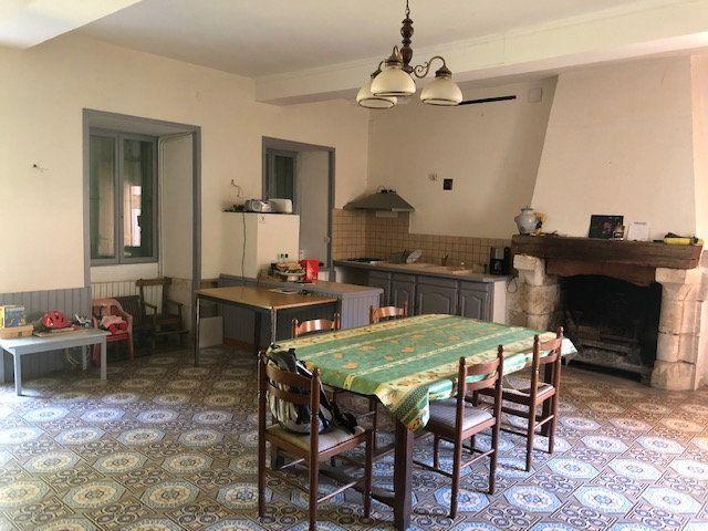 Maison à vendre 20 605m2 à Saint-Astier vignette-8