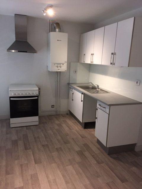 Appartement à louer 3 91m2 à Périgueux vignette-2