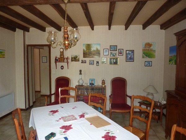 Maison à vendre 5 140m2 à Saint-Astier vignette-3