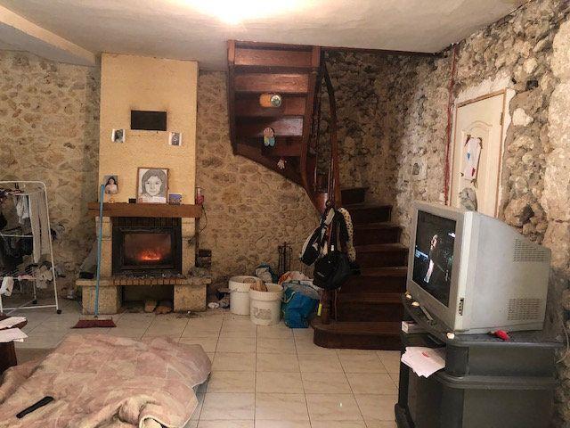 Maison à vendre 4 120m2 à Saint-Germain-du-Salembre vignette-5
