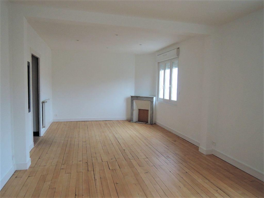 Appartement à vendre 4 92m2 à Périgueux vignette-1