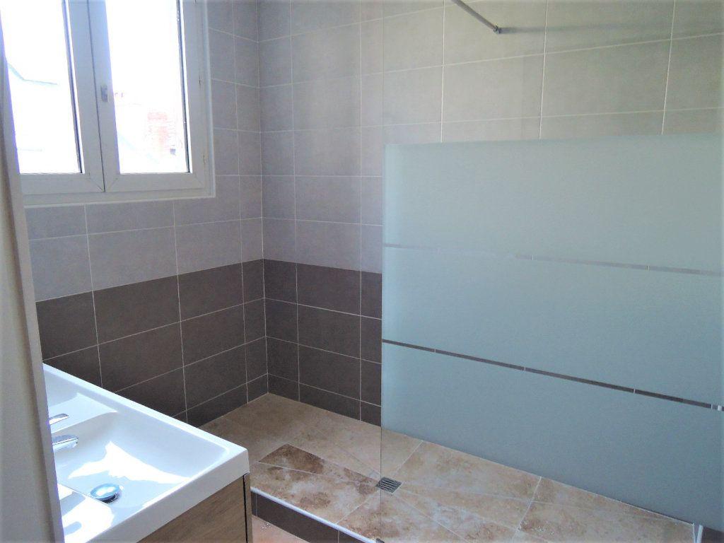Appartement à vendre 4 92m2 à Périgueux vignette-4