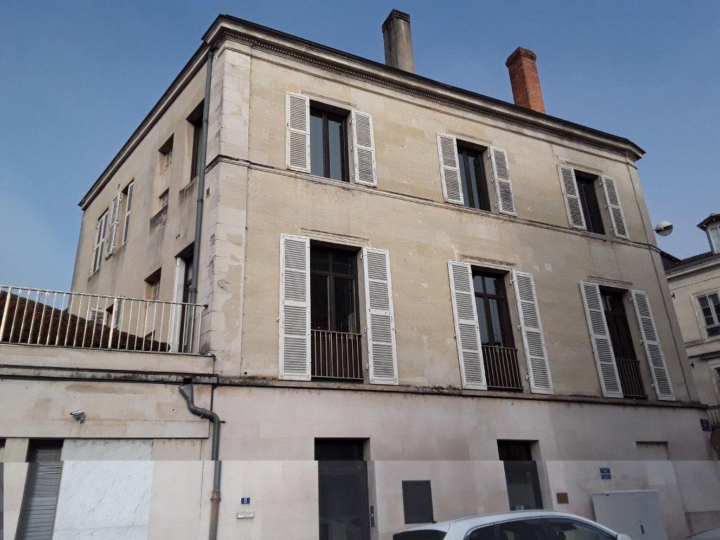 Appartement à vendre 3 96.68m2 à Périgueux vignette-1