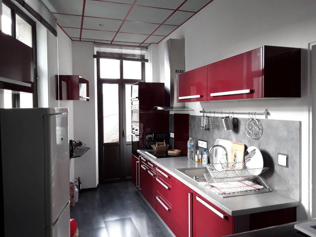 Appartement à vendre 3 96.68m2 à Périgueux vignette-3