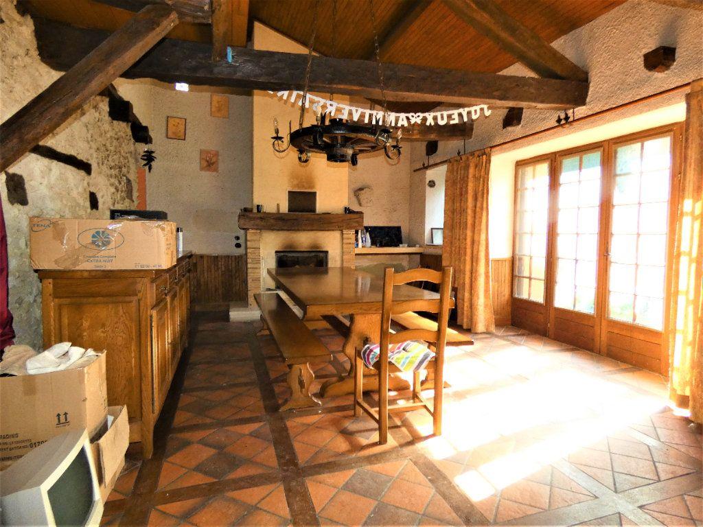 Maison à vendre 5 121m2 à Saint-Astier vignette-3