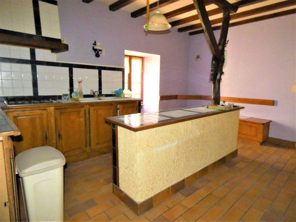 Maison à vendre 5 121m2 à Saint-Astier vignette-6
