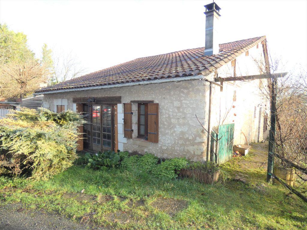 Maison à vendre 5 121m2 à Saint-Astier vignette-11
