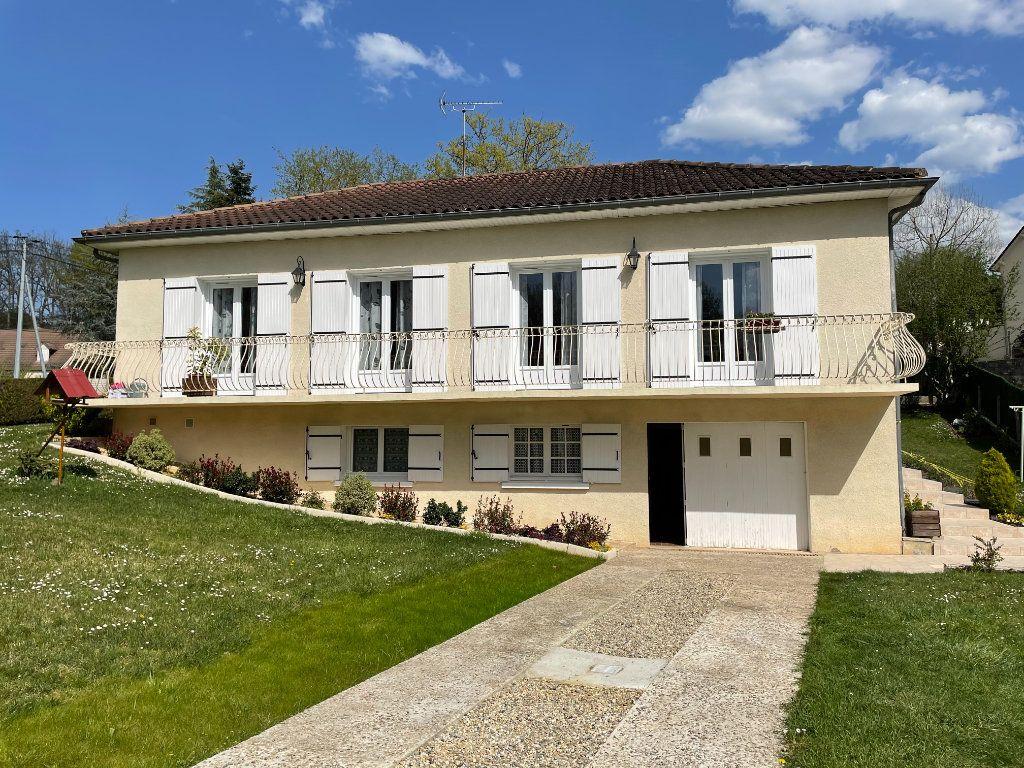 Maison à vendre 5 140m2 à Périgueux vignette-1