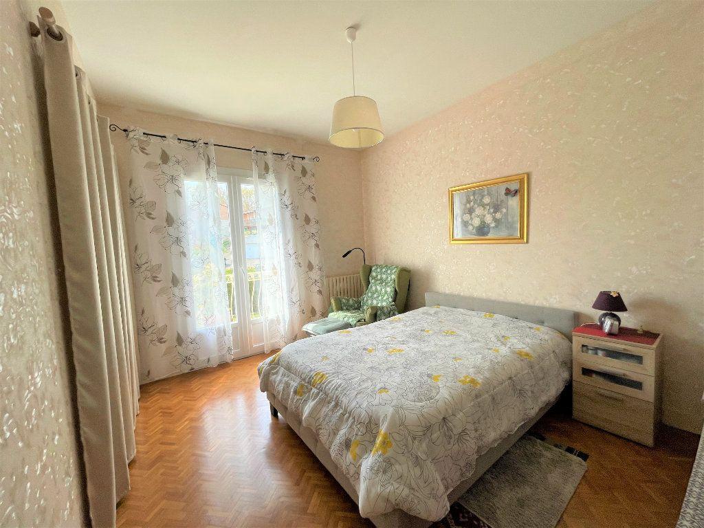 Maison à vendre 5 140m2 à Périgueux vignette-8