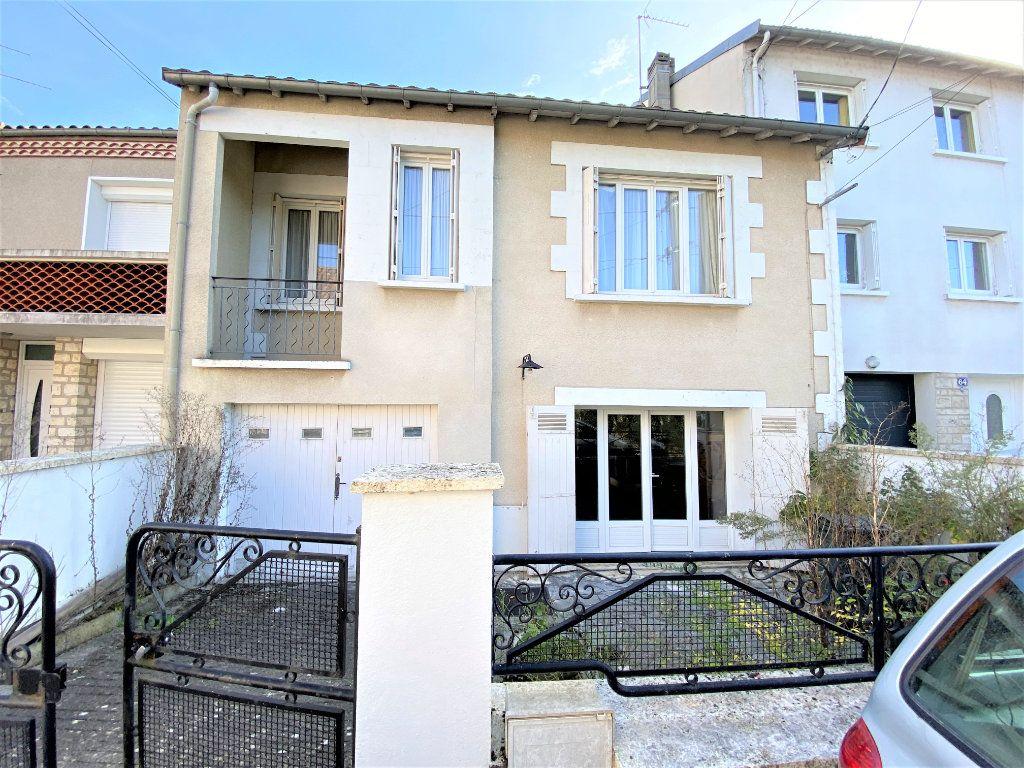 Maison à vendre 4 87.9m2 à Périgueux vignette-1