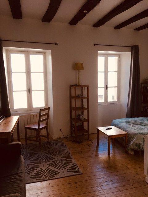 Appartement à louer 1 25.11m2 à Périgueux vignette-1