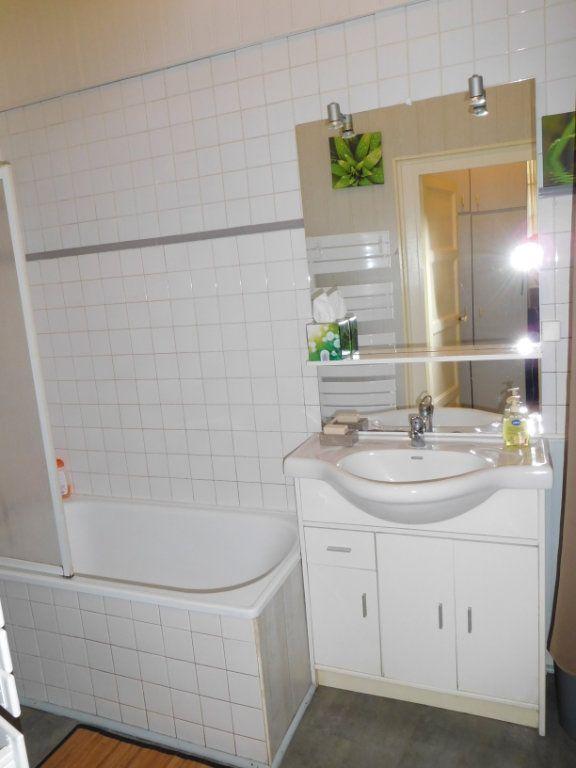 Appartement à vendre 1 28m2 à Périgueux vignette-4