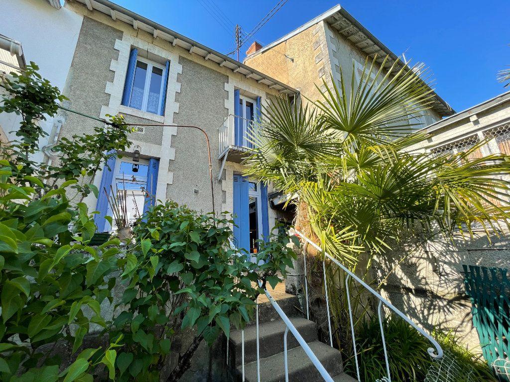 Maison à vendre 4 100m2 à Périgueux vignette-2