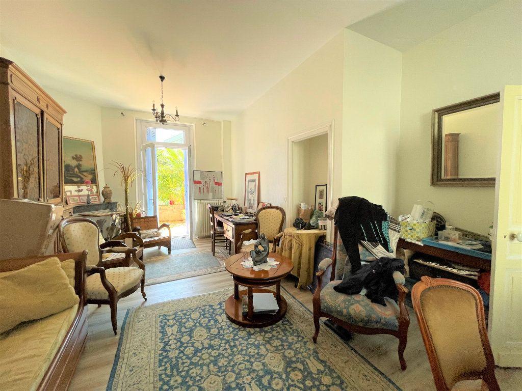Maison à vendre 4 100m2 à Périgueux vignette-4