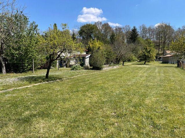 Maison à vendre 5 136m2 à Razac-sur-l'Isle vignette-4