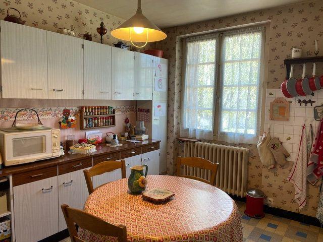 Maison à vendre 5 136m2 à Razac-sur-l'Isle vignette-7