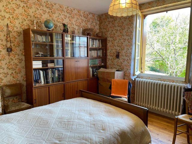 Maison à vendre 5 136m2 à Razac-sur-l'Isle vignette-9