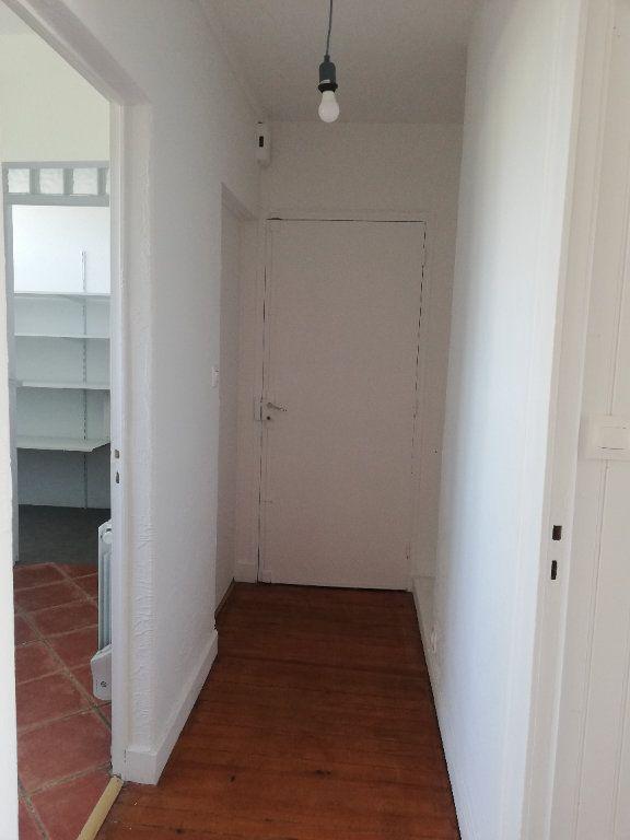 Appartement à louer 3 73m2 à Saint-Astier vignette-2