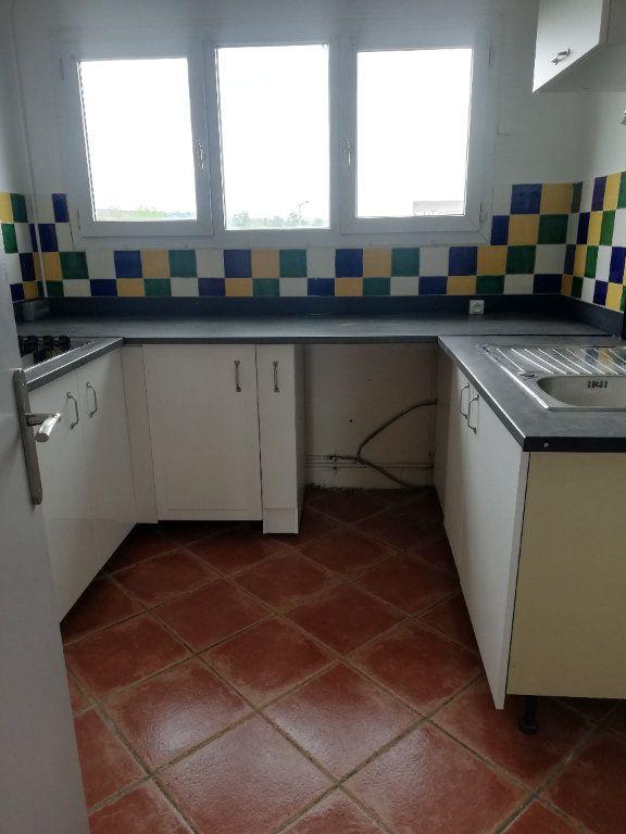 Appartement à louer 3 73m2 à Saint-Astier vignette-3