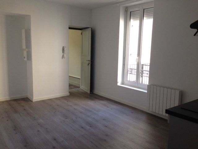 Appartement à louer 1 34m2 à Périgueux vignette-2