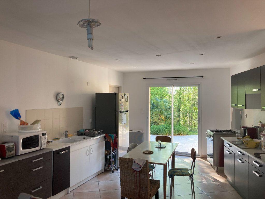 Maison à vendre 5 153m2 à Saint-Laurent-sur-Manoire vignette-5