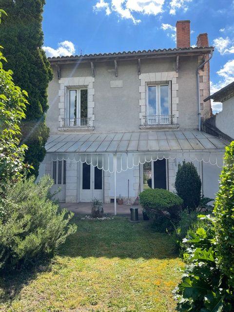 Maison à vendre 5 170m2 à Saint-Astier vignette-2