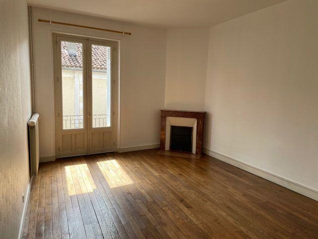 Maison à vendre 5 170m2 à Saint-Astier vignette-7