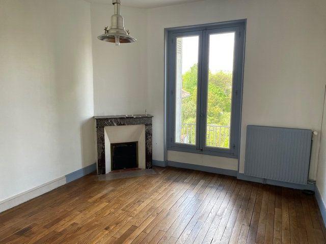 Maison à vendre 5 170m2 à Saint-Astier vignette-8