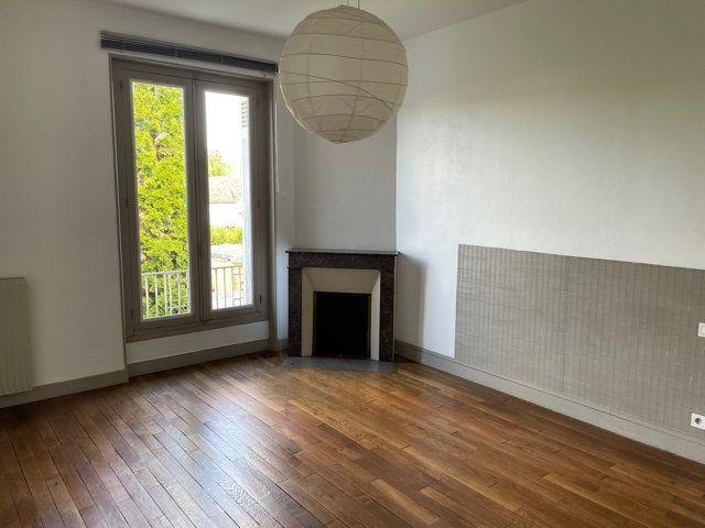 Maison à vendre 5 170m2 à Saint-Astier vignette-10