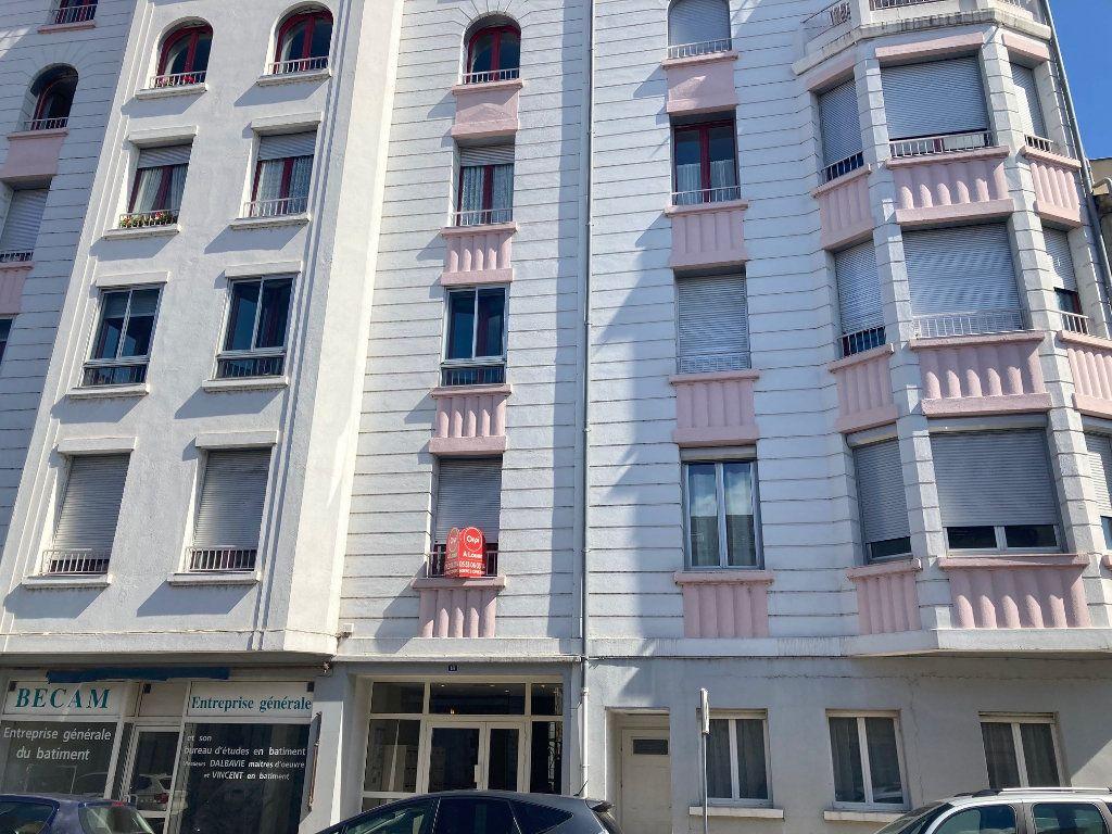 Appartement à louer 2 32.74m2 à Périgueux vignette-8