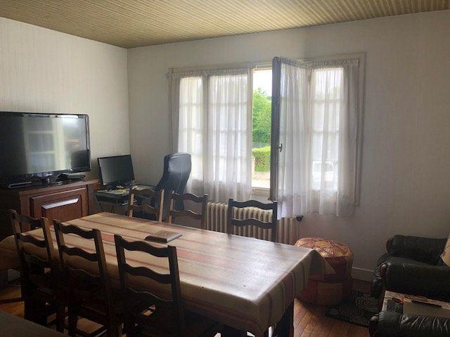 Maison à vendre 4 76m2 à Saint-Astier vignette-3