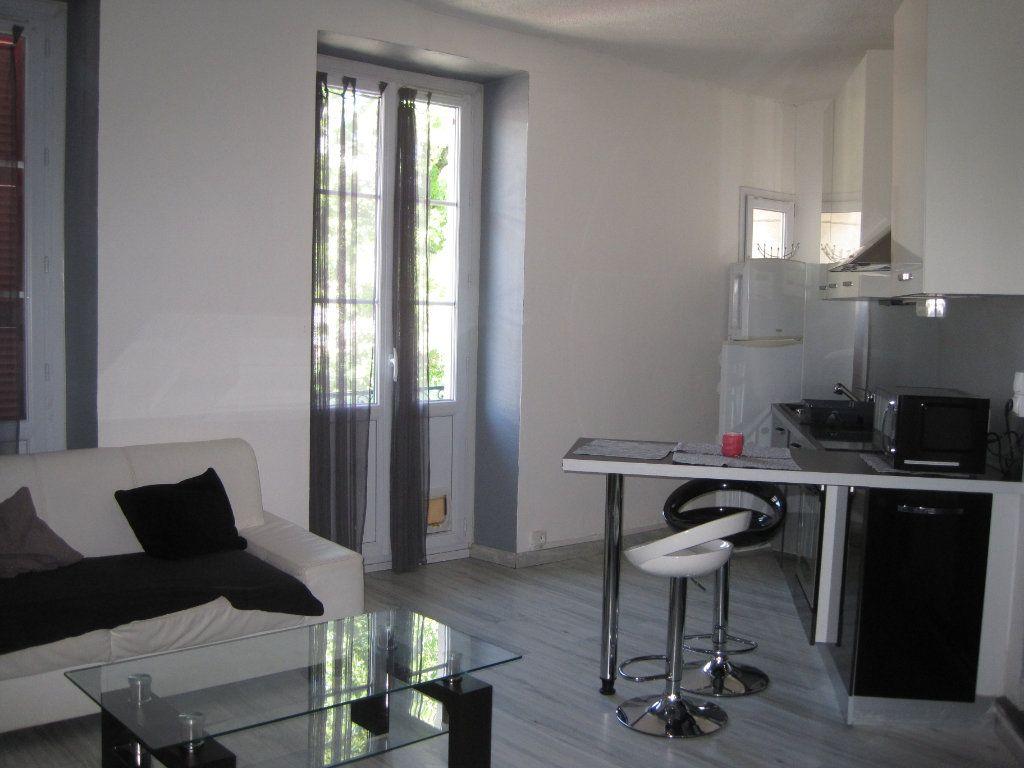 Appartement à louer 2 39m2 à Pau vignette-1