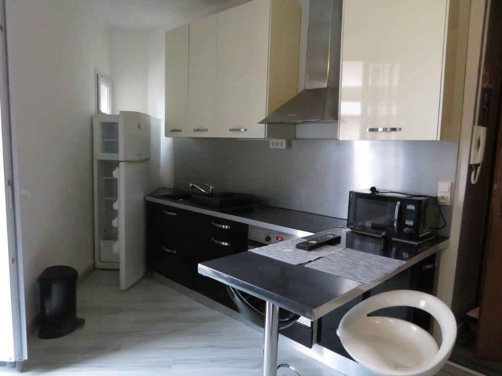 Appartement à louer 2 39m2 à Pau vignette-3