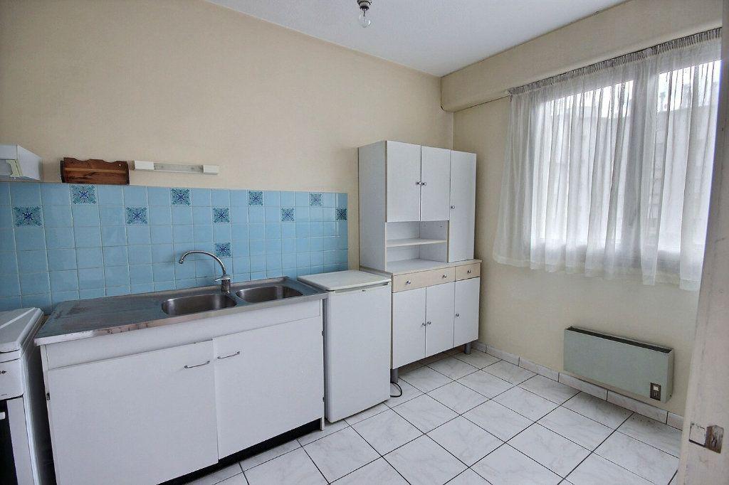 Appartement à vendre 2 47m2 à Pau vignette-4