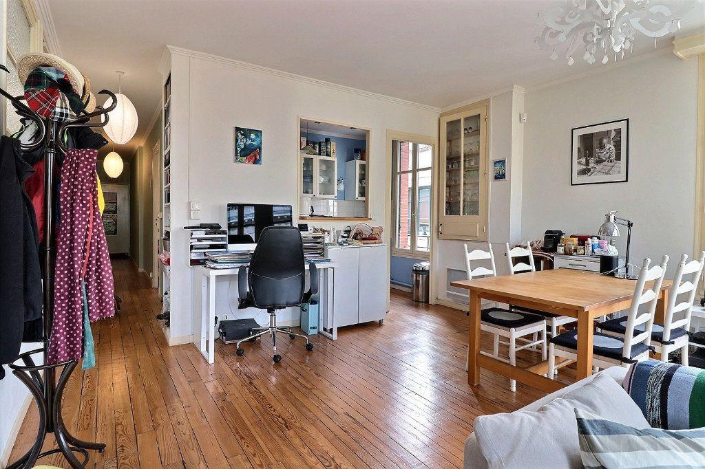 Appartement à vendre 4 135.81m2 à Pau vignette-2