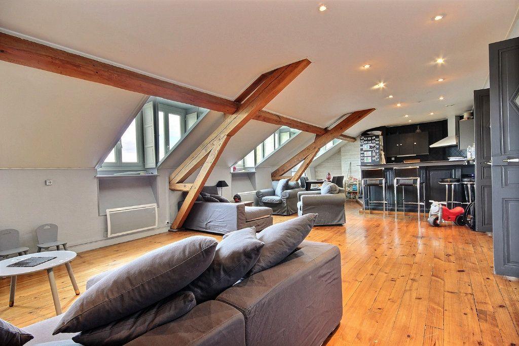 Appartement à vendre 4 102m2 à Pau vignette-2