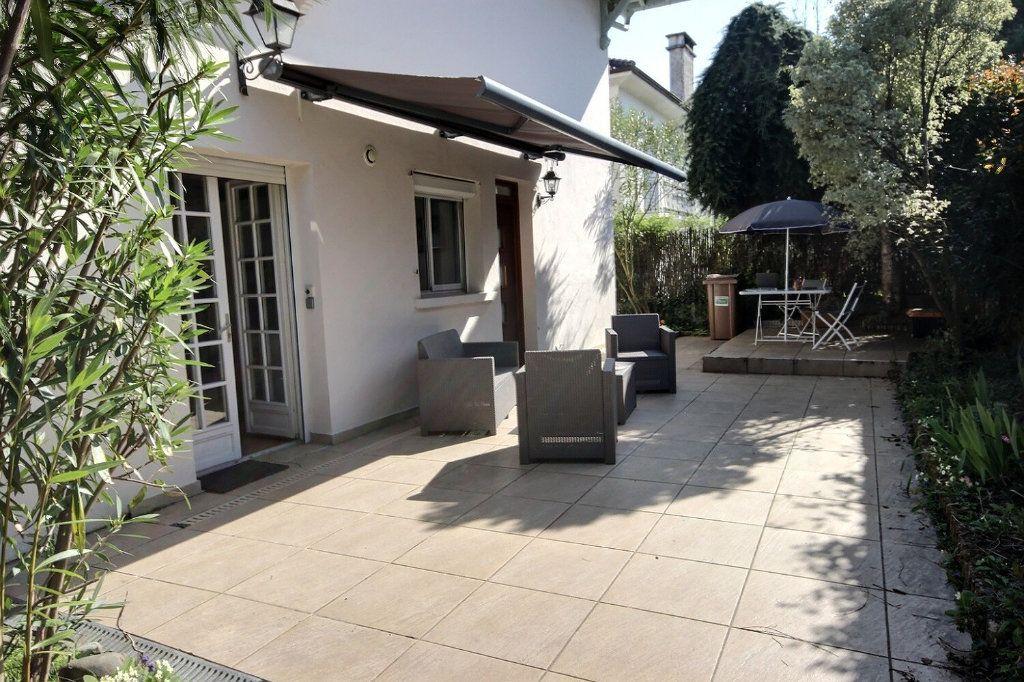 Appartement à vendre 5 118m2 à Pau vignette-1