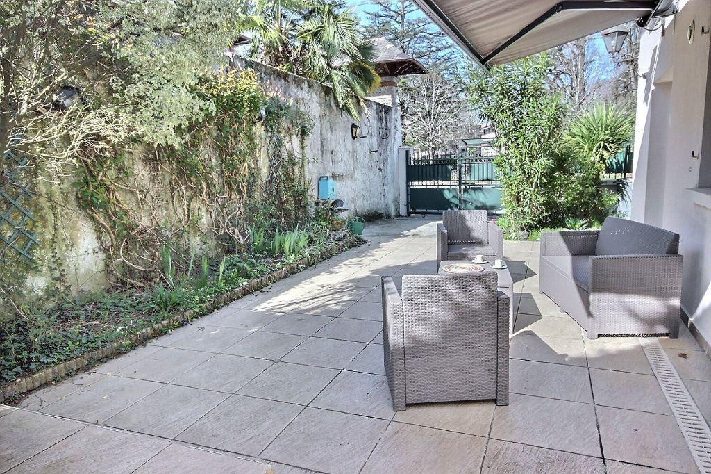 Appartement à vendre 5 118m2 à Pau vignette-2