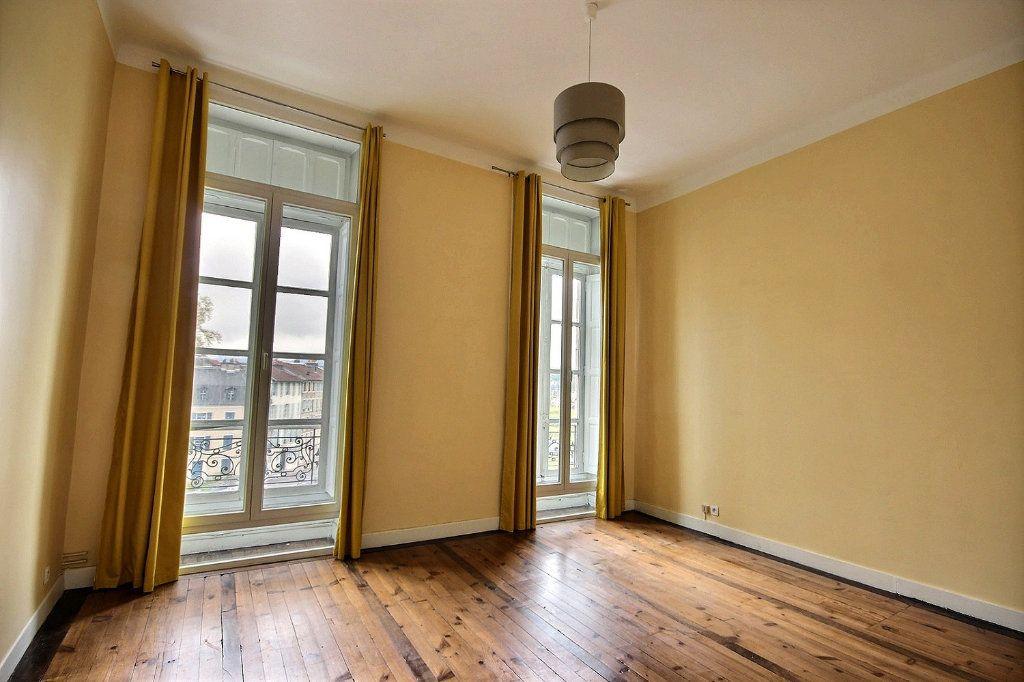 Appartement à vendre 4 120m2 à Pau vignette-4
