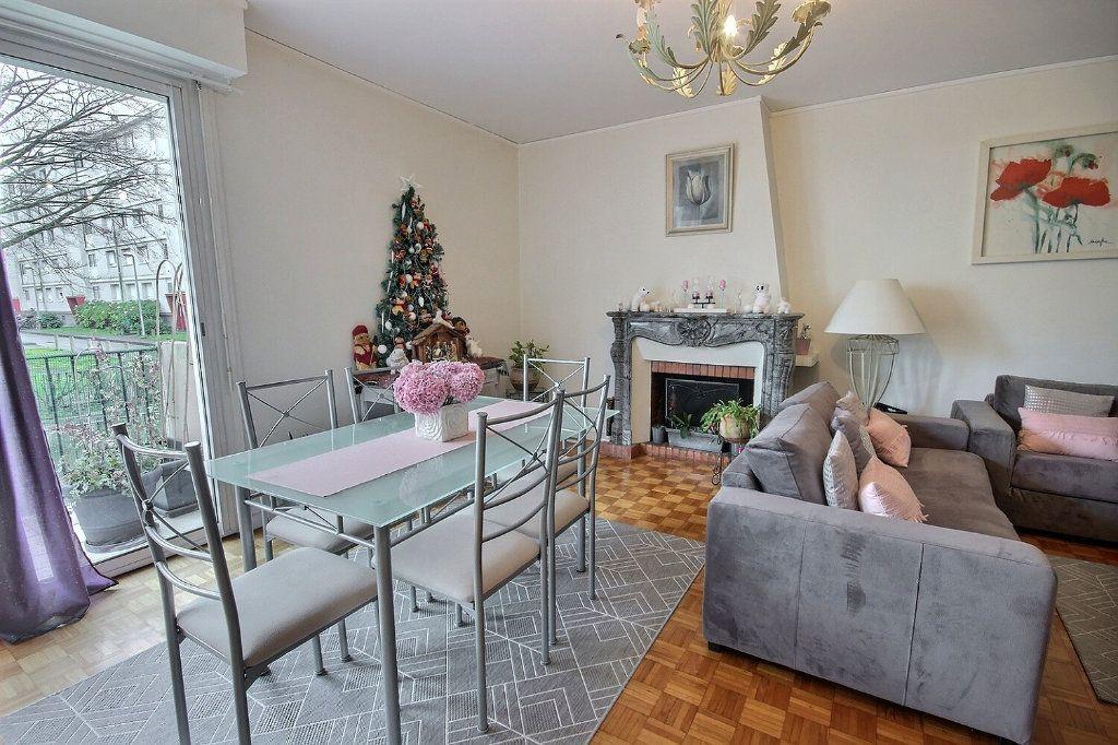 Appartement à vendre 4 91.71m2 à Pau vignette-2