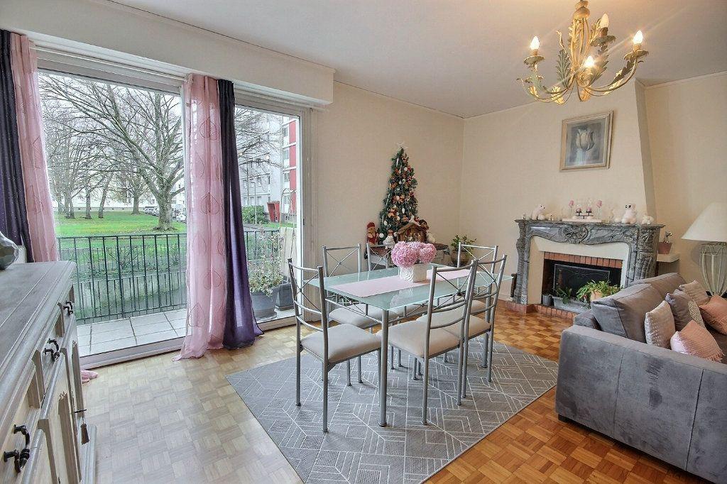 Appartement à vendre 4 91.71m2 à Pau vignette-5