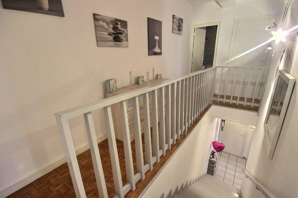 Appartement à vendre 4 91.71m2 à Pau vignette-8
